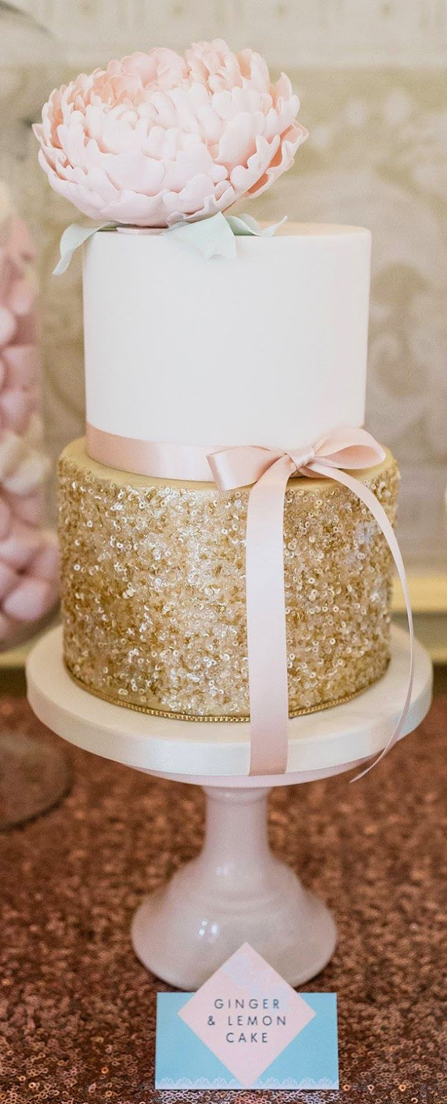 metallic-wedding-cake-1a