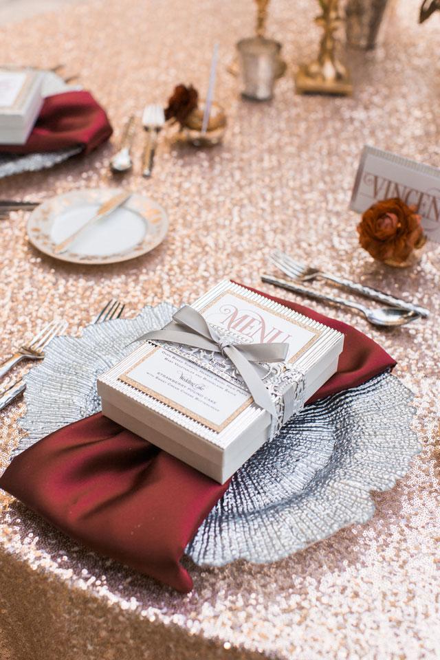 erica-velasco-photographers-whimsical-metallic-wedding-inspiration-04